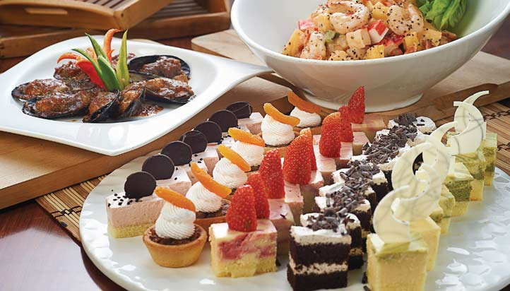 Daily Themed Buffet Lunch At Berjaya Times Square Hotel