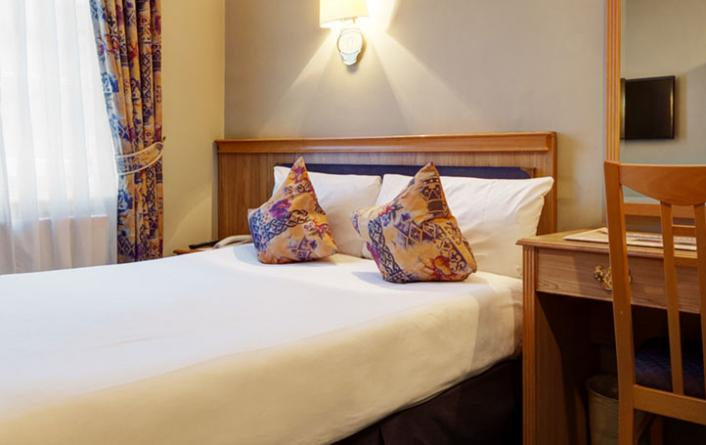 Hotels near kensington palace classic double rooms at for 35 39 inverness terrace bayswater