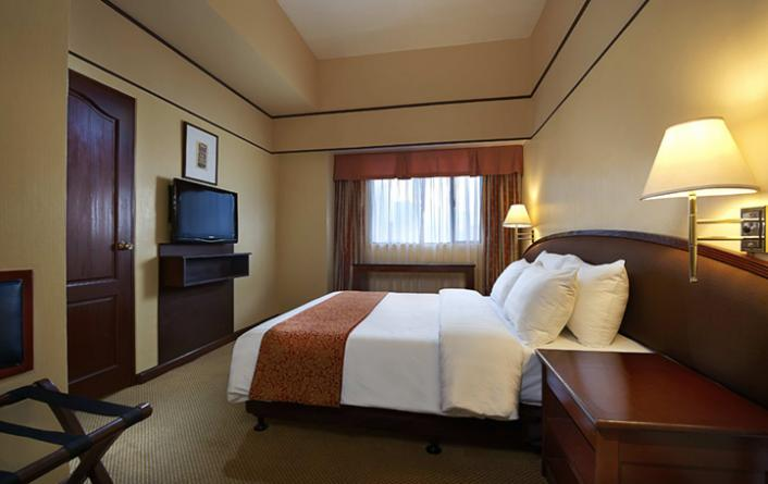 Family Room Hotel In Manila Two Bedroom Deluxe Berjaya Makati Classy Hotels 2 Bedroom Suites