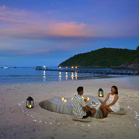 Sand Table Dinner