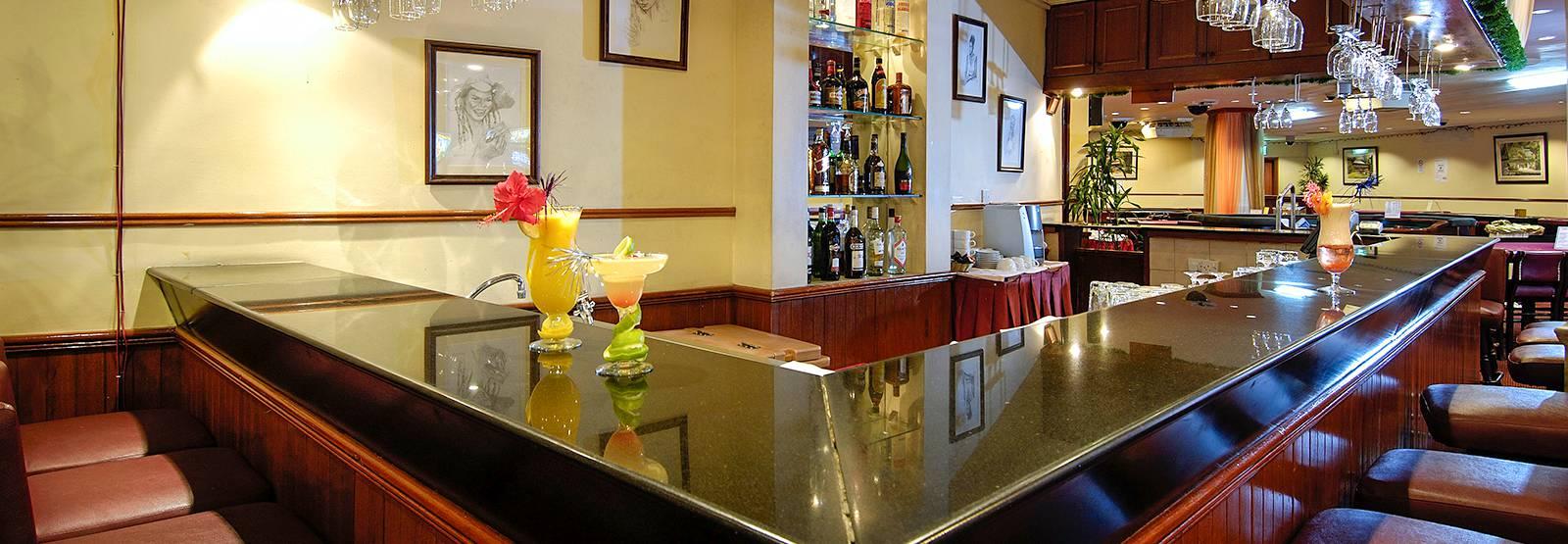 Mahe Restaurant | Dining at Berjaya Beau Vallon Bay Resort & Casino