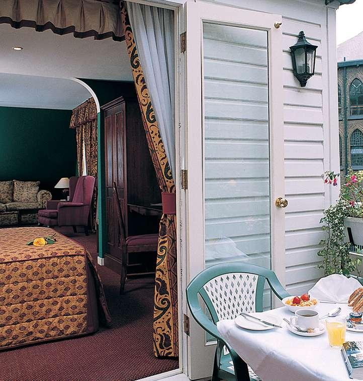 Hotels near hyde park london rooms at berjaya eden park for 35 39 inverness terrace bayswater