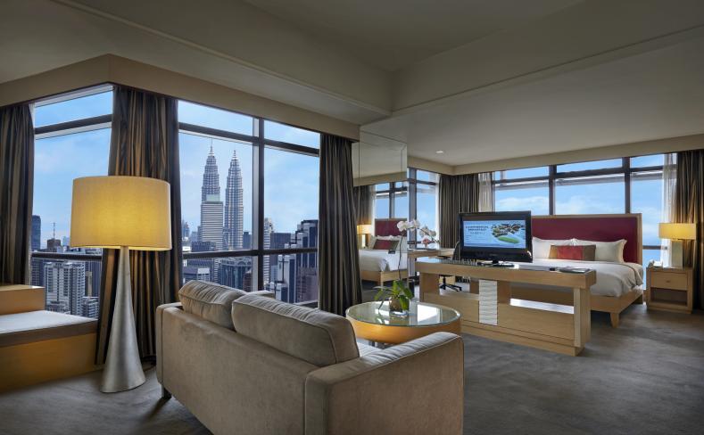 2-Bedroom Deluxe - Twin Tower View