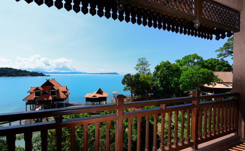 Premier Seaview Chalet - Balcony View
