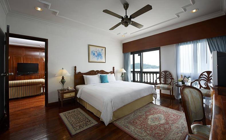 Two Bedroom Suite on Water - Master Bedroom Interior