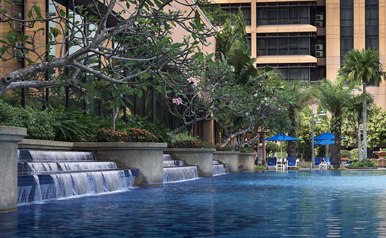 Photo gallery berjaya hotel - Piccolo hotel kuala lumpur swimming pool ...