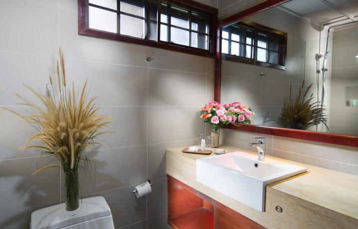 Garden View Chalet - Bathroom