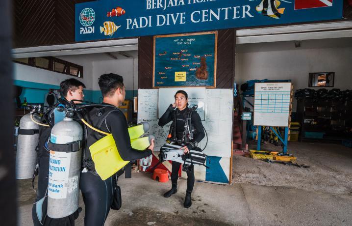 Recreation - PADI Dive Centre