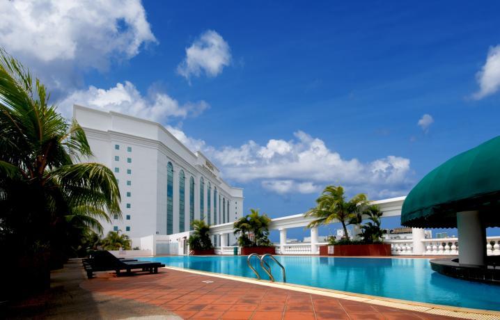 Berjaya waterfront photo gallery berjaya waterfront johor bahru Public swimming pool in johor bahru