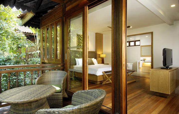 Rainforest Studio - Balcony View