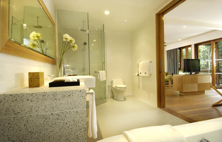 Rainforest Studio - Bathroom View