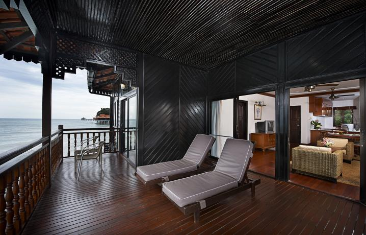 Executive Suite - Balcony View