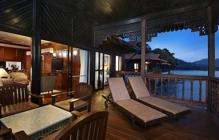 Two Bedroom Suite on Water - Balcony View at Night