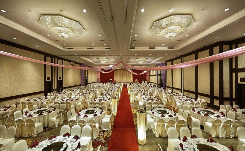 Banquet Setup Red Carpet Aisle View