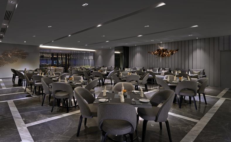 Club Lounge - Dining Area